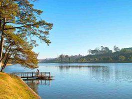 Hồ Xuân Hương vào buổi sáng sớm