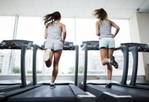 máy chạy bộ phòng gym